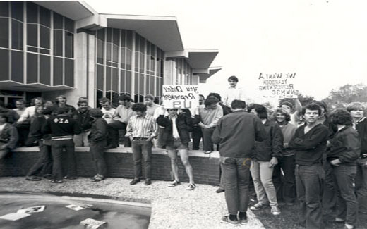 The 1971 Tower Yearbook, which had left out traditional organization group photographs, was vehemently protested by Northwest's Greek Community.