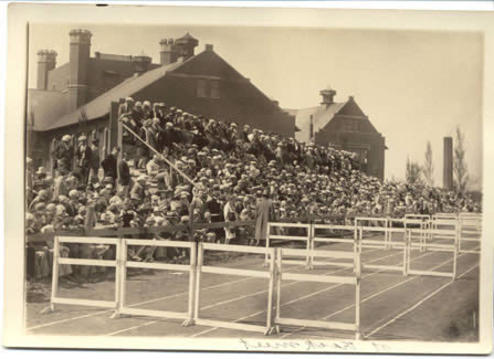 Track meets were held near the 管理 Building to large crowds of attendees.  (Donated by David Duvall.)